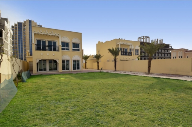 Nakheel Villas, Jumeirah Village Circle