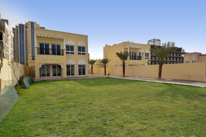Nakheel Villas, Jumeirah Village Circle