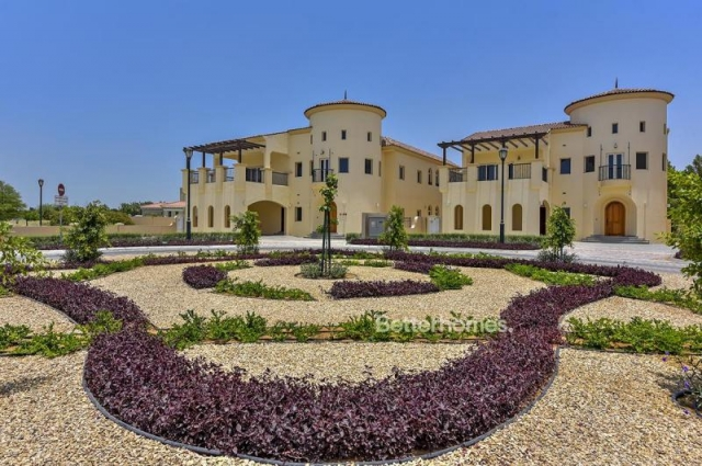 Royal Golf Villas, Jumeirah Golf Estates
