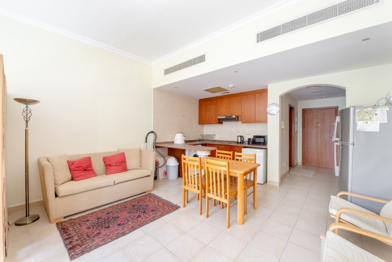 Studio Apartment For Sale in  Lake Apartments E,  Green Community   3