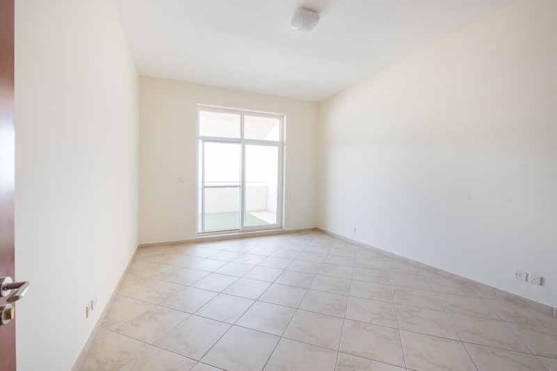 3 Bedroom Apartment For Sale in  Fox Hill 9,  Motor City   2