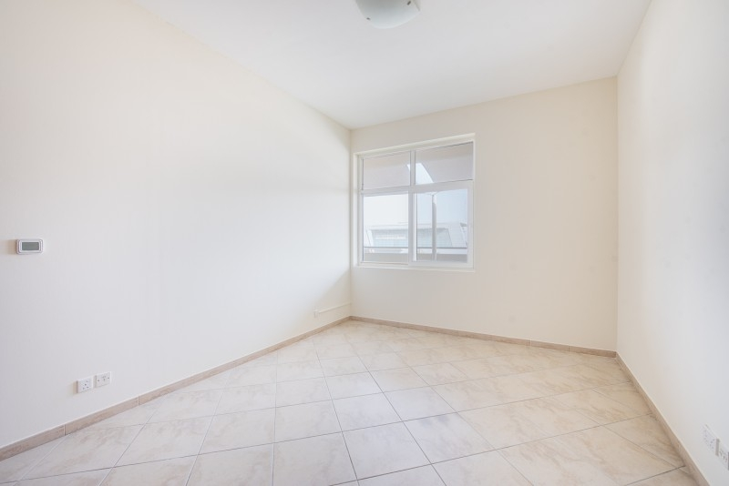 3 Bedroom Apartment For Sale in  Fox Hill 9,  Motor City   5