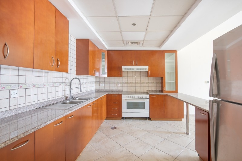 3 Bedroom Apartment For Sale in  Fox Hill 9,  Motor City   8
