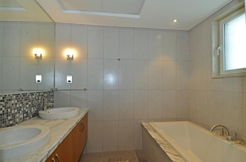 3 Bedroom Villa For Sale in  Regional Small,  Jumeirah Park   2