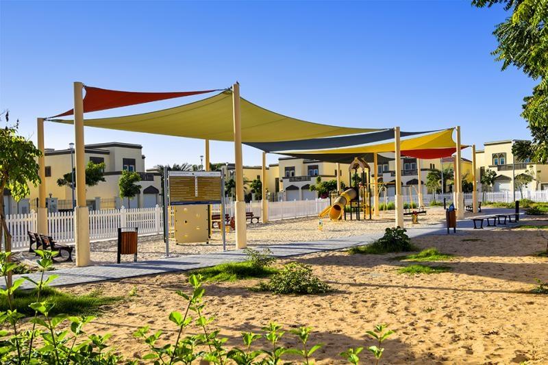 3 Bedroom Villa For Sale in  Regional Small,  Jumeirah Park   9
