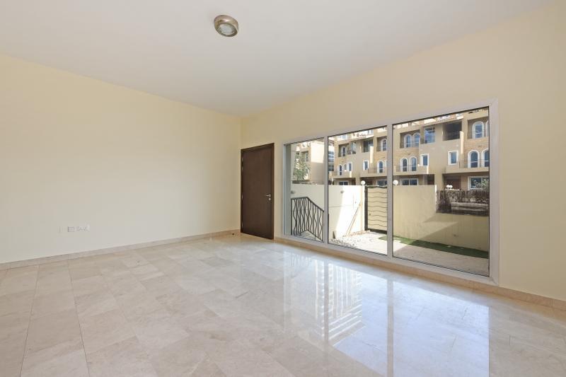 4 Bedroom Villa For Sale in  Westar Terrace Garden,  Jumeirah Village Circle   0