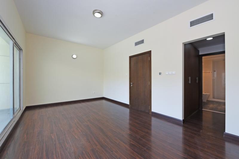 4 Bedroom Villa For Sale in  Westar Terrace Garden,  Jumeirah Village Circle   3
