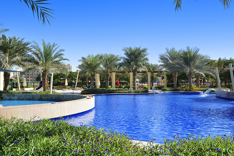 2 Bedroom Apartment For Sale in  Al Thamam 53,  Remraam   17