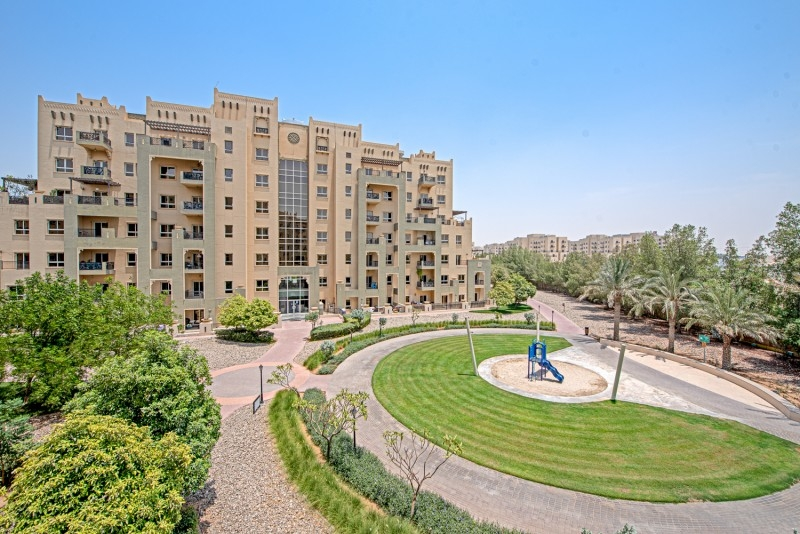 2 Bedroom Apartment For Sale in  Al Thamam 53,  Remraam   11
