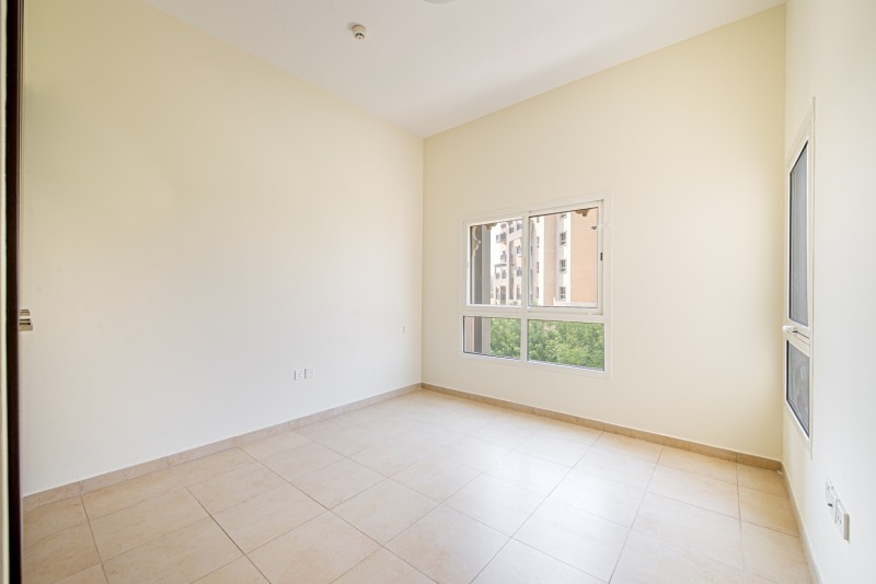 2 Bedroom Apartment For Sale in  Al Thamam 53,  Remraam   7