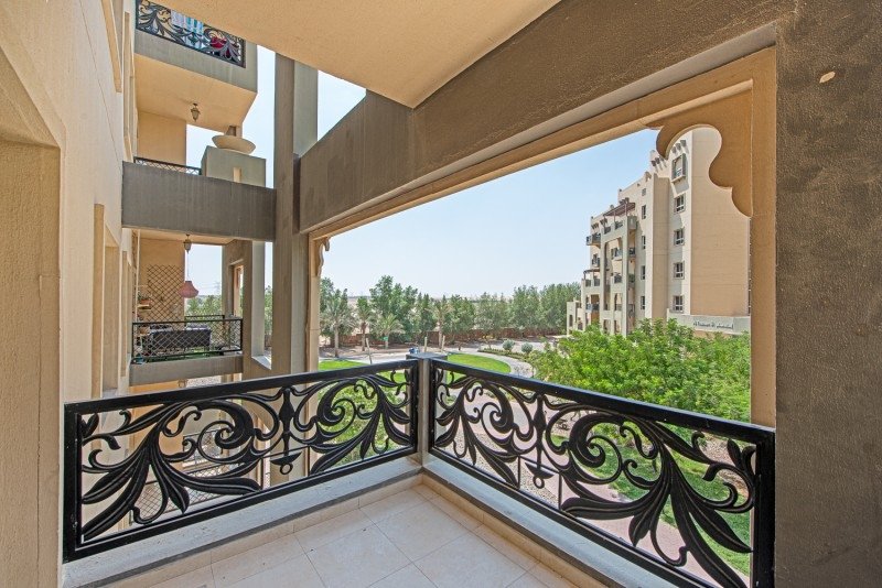 2 Bedroom Apartment For Sale in  Al Thamam 53,  Remraam   8