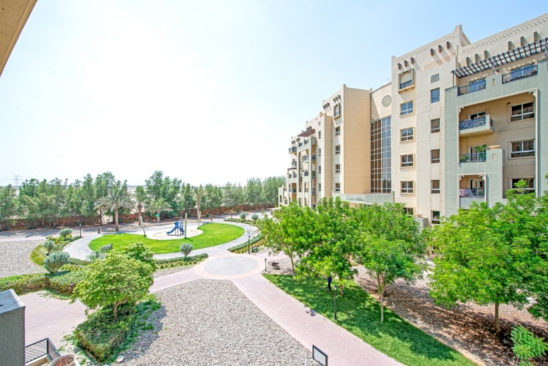2 Bedroom Apartment For Sale in  Al Thamam 53,  Remraam   9