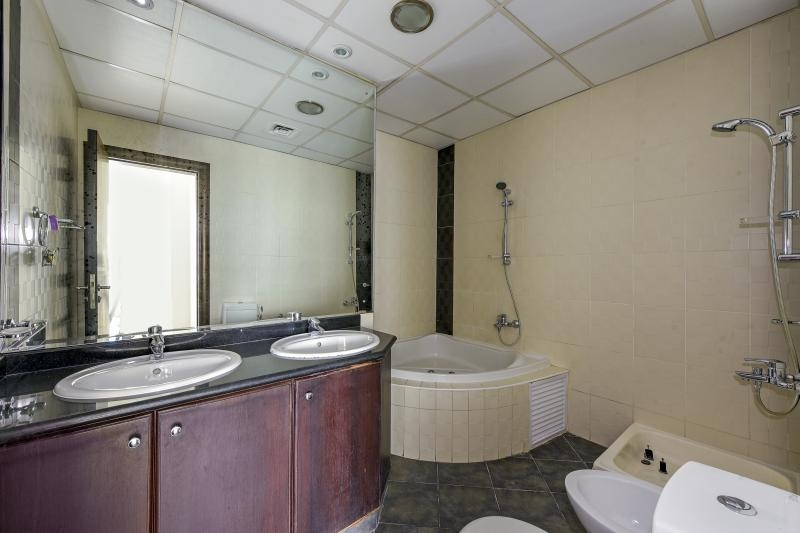 2 Bedroom Apartment For Sale in  Kg Tower,  Dubai Marina | 9