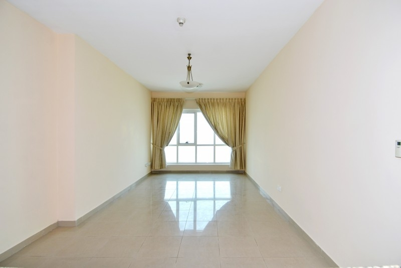 1 Bedroom Apartment For Sale in  Lakepoint,  Jumeirah Lake Towers | 0
