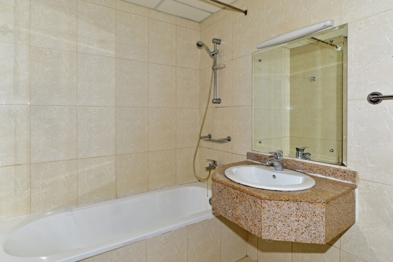1 Bedroom Apartment For Sale in  Lakepoint,  Jumeirah Lake Towers | 6