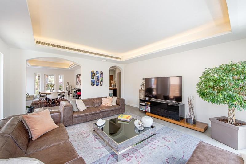 4 Bedroom Villa For Sale in  Al Mahra,  Arabian Ranches   4