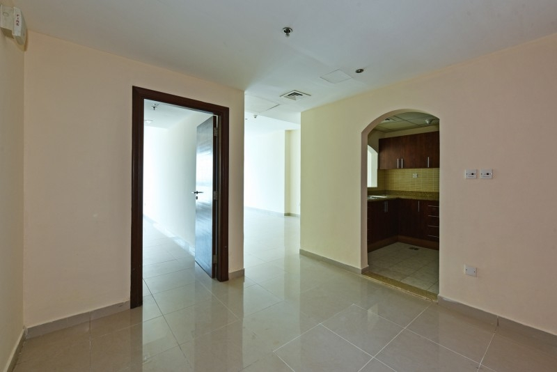 1 Bedroom Apartment For Sale in  Lakepoint,  Jumeirah Lake Towers   5