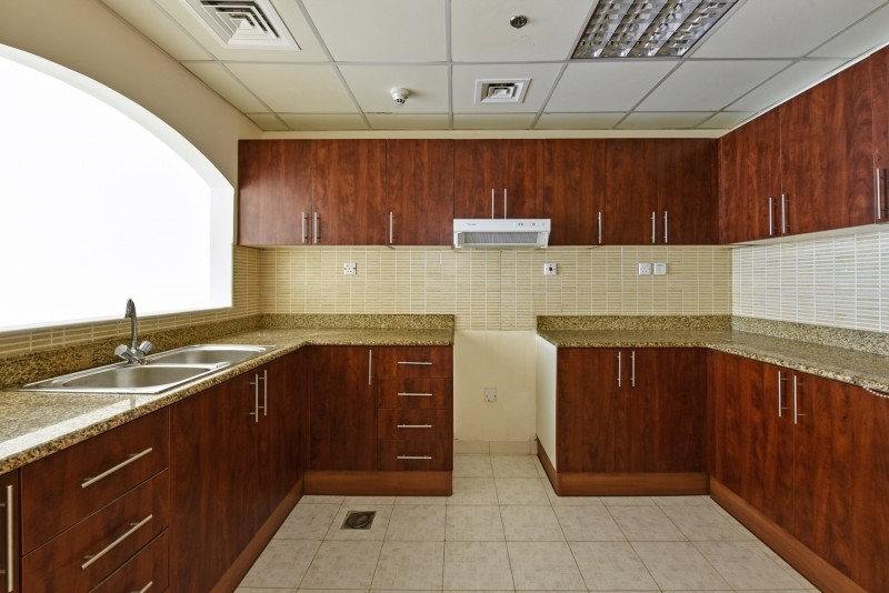 1 Bedroom Apartment For Sale in  Lakepoint,  Jumeirah Lake Towers   2