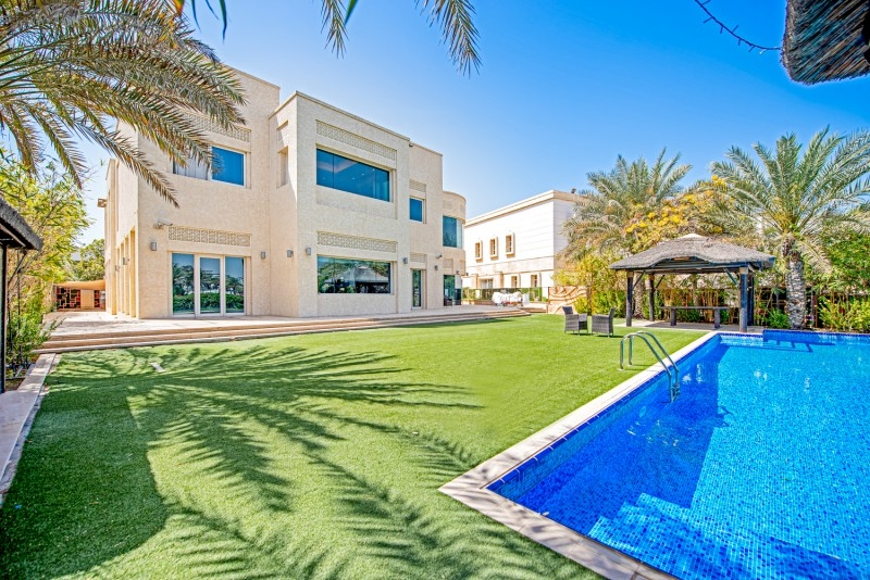 Emirates Hills Villas, Emirates Hills
