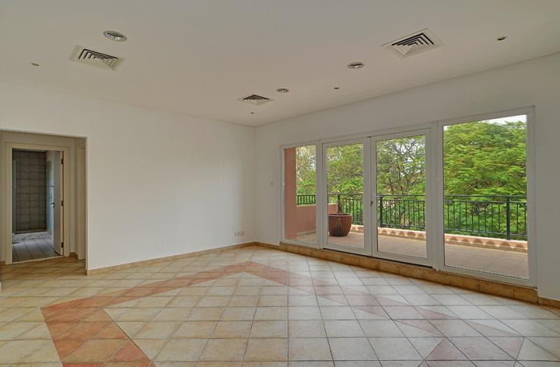 5 Bedroom Villa For Sale in  Family Villa Area,  Green Community | 8