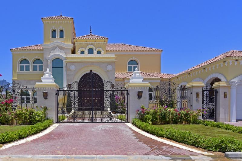 6 Bedroom Villa For Sale in  Al Barsha 1,  Al Barsha | 0
