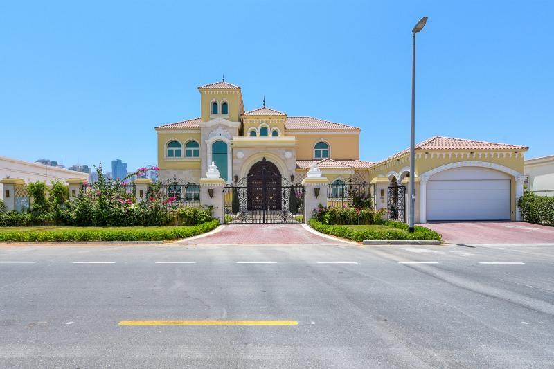 6 Bedroom Villa For Sale in  Al Barsha 1,  Al Barsha | 25