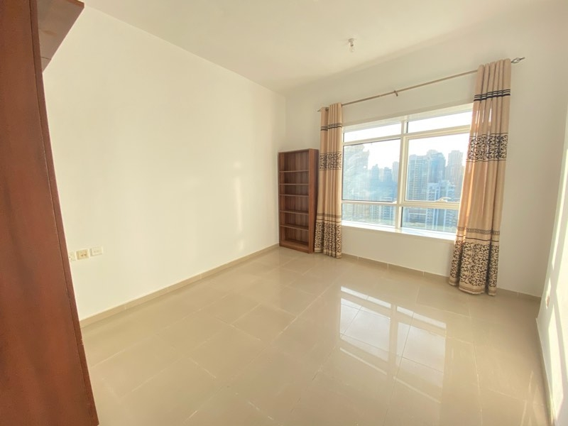 1 Bedroom Apartment For Sale in  Lake City Tower,  Jumeirah Lake Towers   2