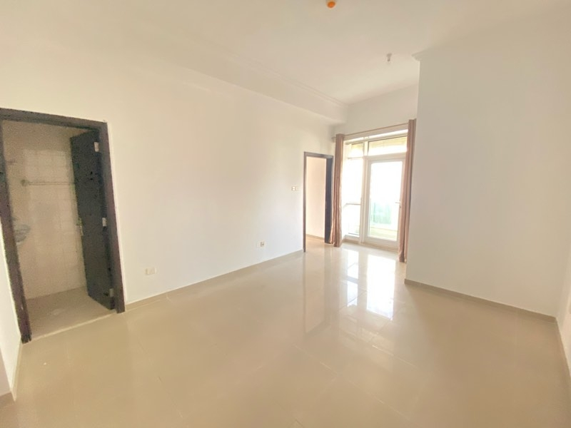 1 Bedroom Apartment For Sale in  Lake City Tower,  Jumeirah Lake Towers   3
