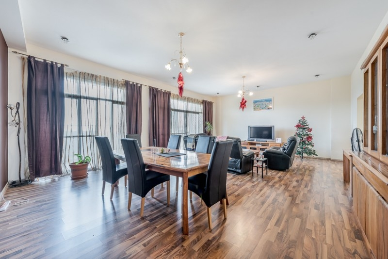 3 Bedroom Apartment For Sale in  Terraced Apartments,  Motor City   2