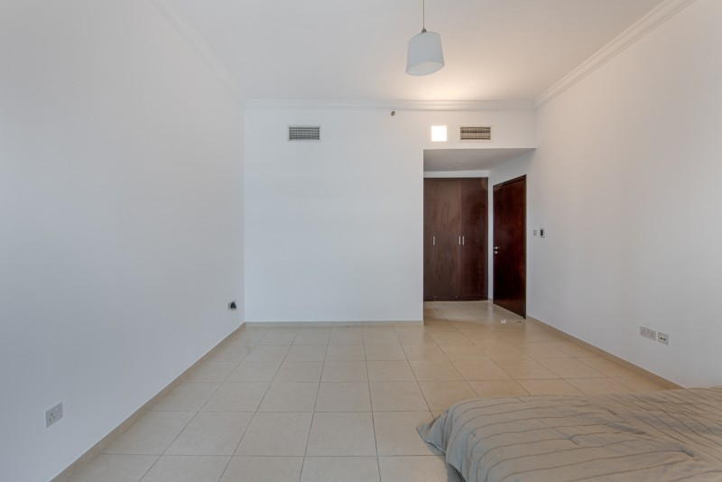 2 Bedroom Apartment For Sale in  The Jewels Tower 1,  Dubai Marina   7