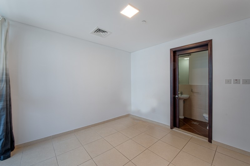 2 Bedroom Apartment For Sale in  The Jewels Tower 1,  Dubai Marina   9