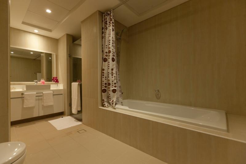 2 Bedroom Apartment For Sale in  Al Bateen Residences,  Jumeirah Beach Residence | 8