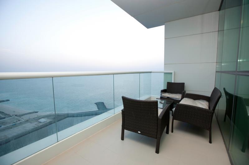 2 Bedroom Apartment For Sale in  Al Bateen Residences,  Jumeirah Beach Residence | 9