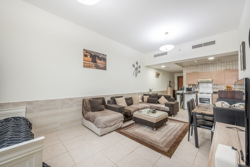 1 Bedroom Apartment For Sale in  Palace Tower 2,  Dubai Silicon Oasis | 2