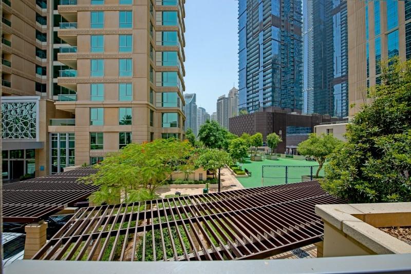 3 Bedroom Villa For Sale in  Al Mass,  Dubai Marina   0