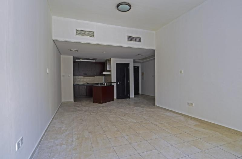 1 Bedroom Apartment For Sale in  Building 38 To Building 107,  Discovery Gardens   1