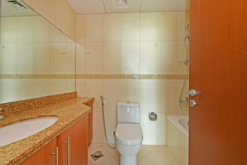 2 Bedroom Apartment For Sale in  Saba 3,  Jumeirah Lake Towers   5