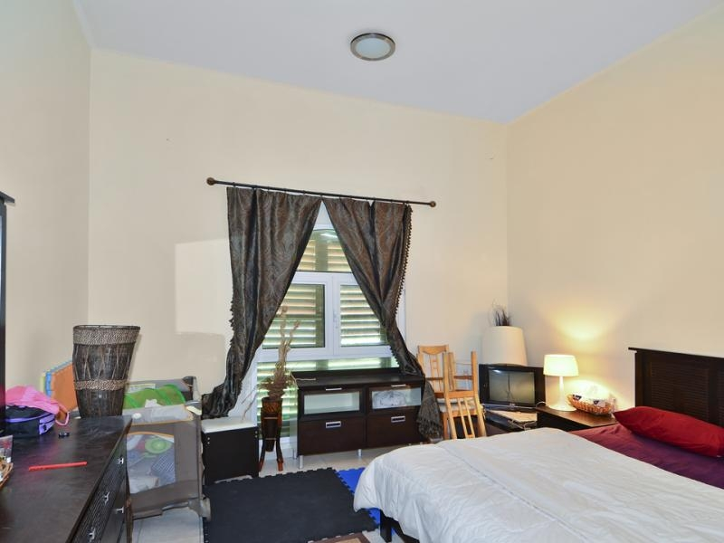 1 Bedroom Apartment For Sale in  Building 38 To Building 107,  Discovery Gardens | 4