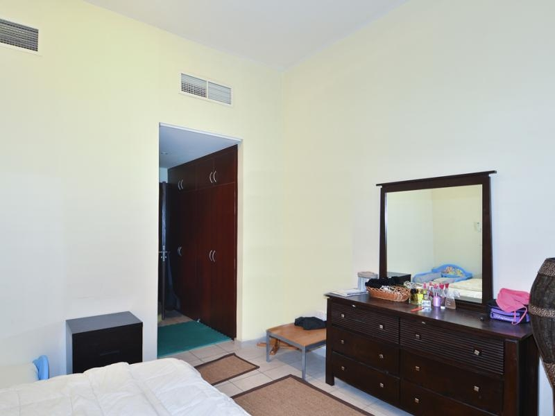 1 Bedroom Apartment For Sale in  Building 38 To Building 107,  Discovery Gardens | 5