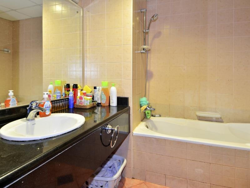 1 Bedroom Apartment For Sale in  Building 38 To Building 107,  Discovery Gardens | 6