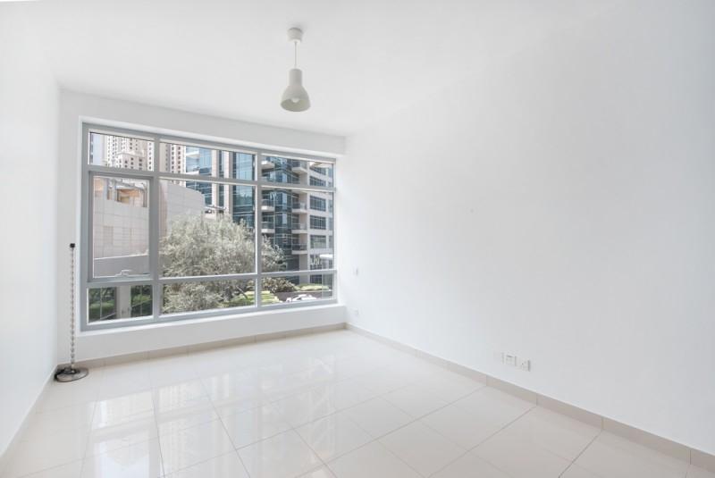 2 Bedroom Apartment For Sale in  Fairfield Tower,  Dubai Marina   5