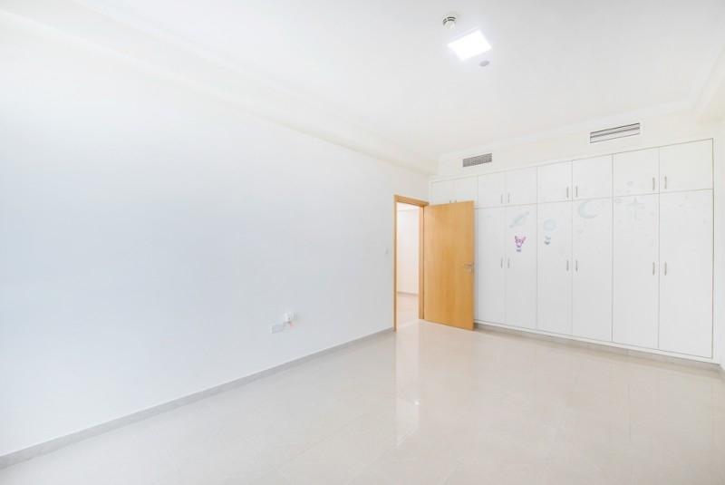 4 Bedroom Apartment For Sale in  Marina Crown,  Dubai Marina | 11