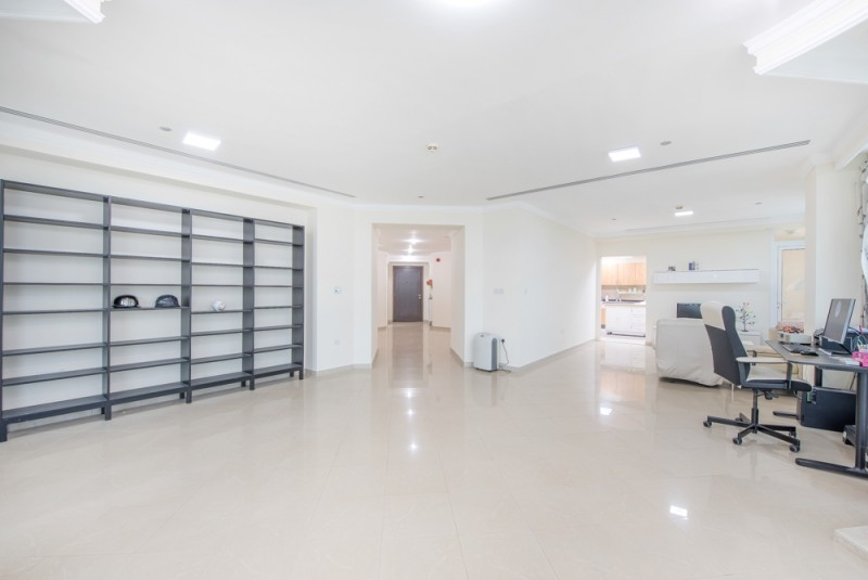 4 Bedroom Apartment For Sale in  Marina Crown,  Dubai Marina | 6