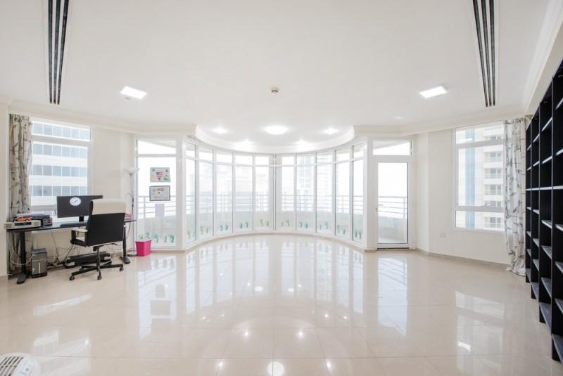 4 Bedroom Apartment For Sale in  Marina Crown,  Dubai Marina | 0