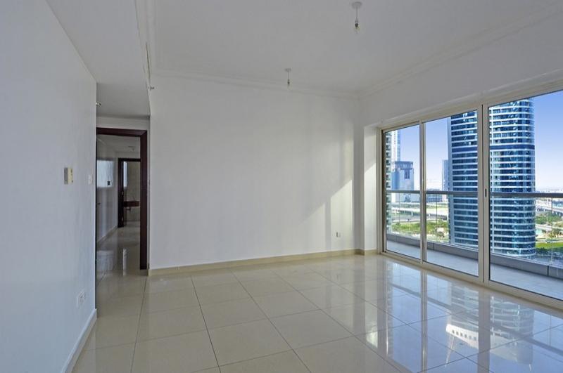 V3, Jumeirah Lake Towers