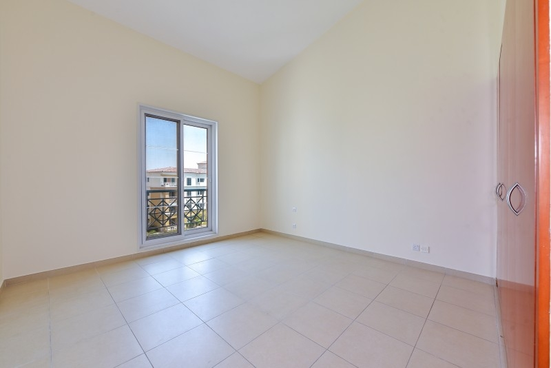 1 Bedroom Apartment For Sale in  Northwest Garden Apartments,  Green Community   5