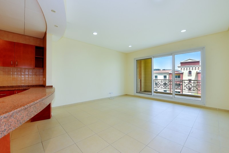 1 Bedroom Apartment For Sale in  Northwest Garden Apartments,  Green Community   8