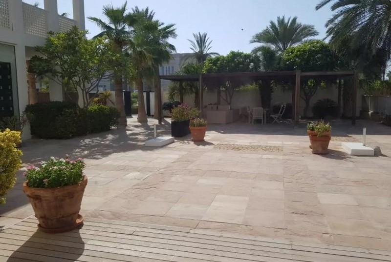 6 Bedroom Villa For Sale in  Section E,  Emirates Hills | 8