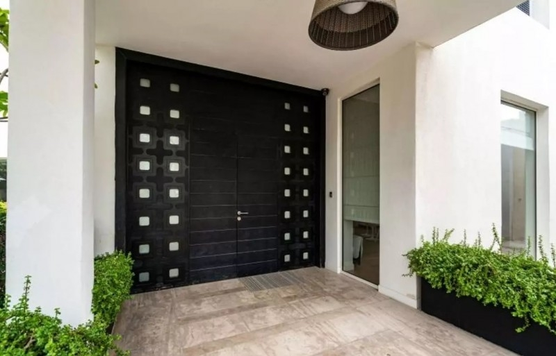 6 Bedroom Villa For Sale in  Section E,  Emirates Hills | 2