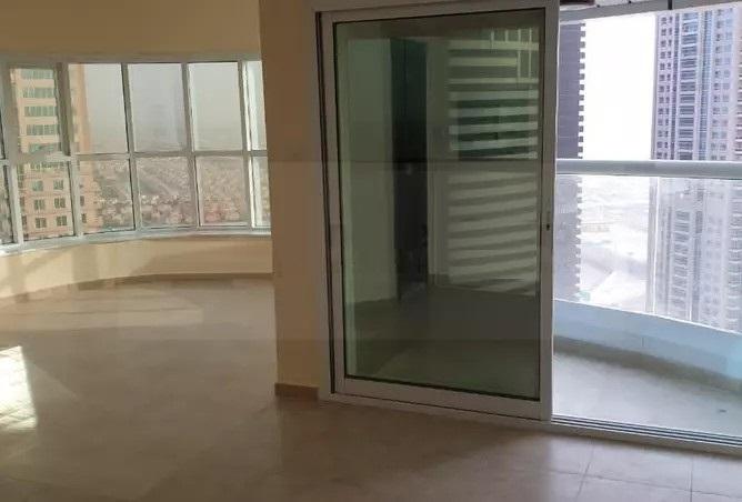 Studio Apartment For Sale in  New Dubai Gate 2,  Jumeirah Lake Towers | 1